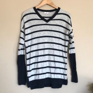 Vince | gray navy blue striped rugby sweater XXS
